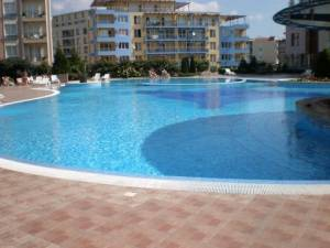 Sun City 1 - Spacious 2 bedroom apartment - Within 5 minutes walk to the beach