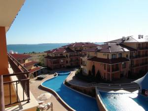 Panorama Dreams - Topfloor apartment - View to the swimming pool - and the Black Sea