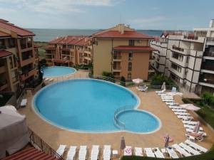 Paradise Dreams - Huge holiday apartment - 2 bedrooms - 2 bathrooms - View to the Blacksea